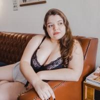 A importância dos ensaios fotográficos para a autoestima feminina